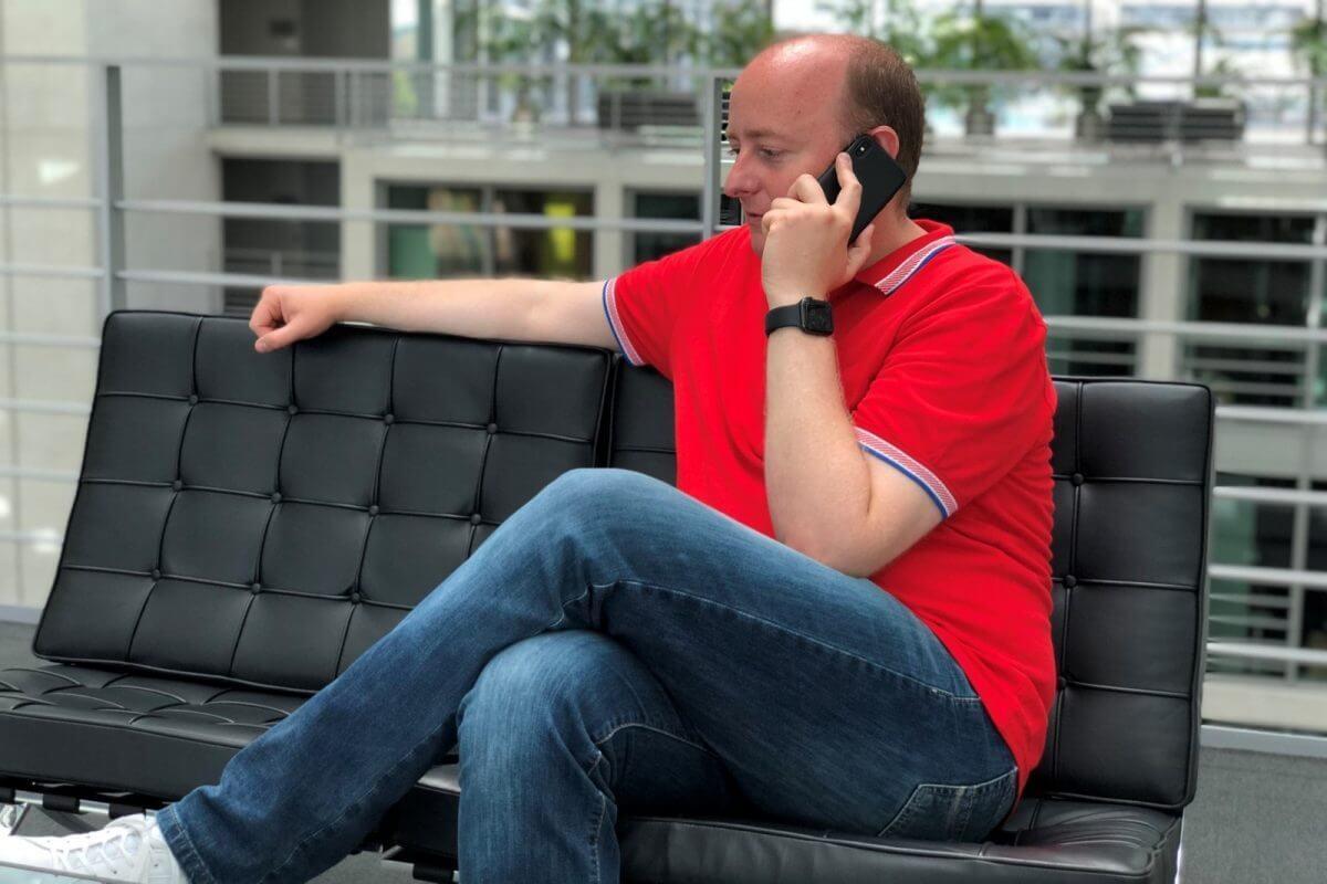 Matthias Hauer bei der telefonischen Bürgersprechstunde Foto: Büro Matthias Hauer